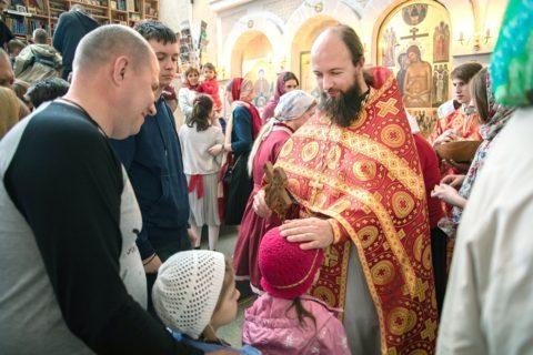 Заставка для - священник Иван Захаров